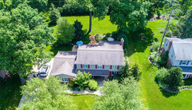 2877 Courville Dr, Bloomfield Hills, MI 48302