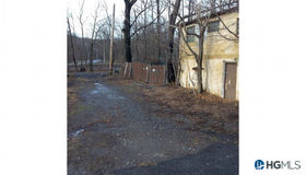 1 Holly Place #a, Hastings-On-Hudson, NY 10706