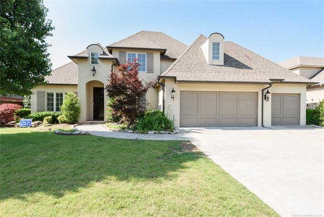 9648 E 108th S, Tulsa, OK 74133 now has a new price of $529,000!