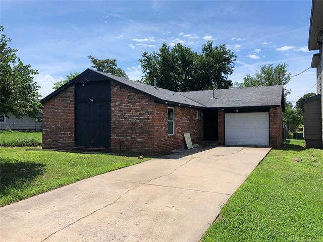 1404 E Lincoln, Sapulpa, OK 74066 is now new to the market!