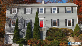 74 Rolling Way, New Rochelle, NY 10804