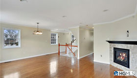 3 Crosby Place, New Rochelle, NY 10801