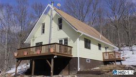30 Skyhigh Road, Putnam Valley, NY 10579