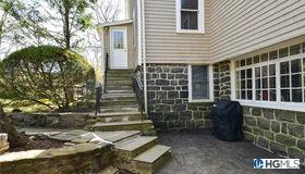12 Hudson Place #2, Larchmont, NY 10538