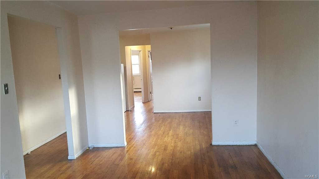 Video Tour  - 928 East 214th Street #2nd Floor, Bronx, NY 10469