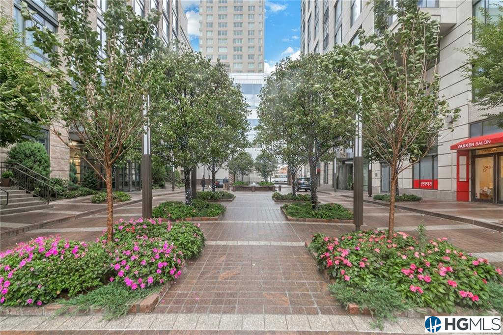 10 City Place #12D, White Plains, NY 10601 is now new to the market!