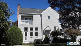 8 Cornell Place, Rye, NY 10580