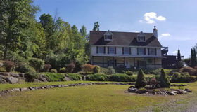 234 Plank Rd, Poestenk, NY 12140