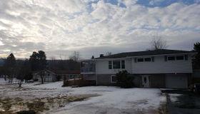 111 Eastover Rd, Schaghticoke, NY 12182-1130