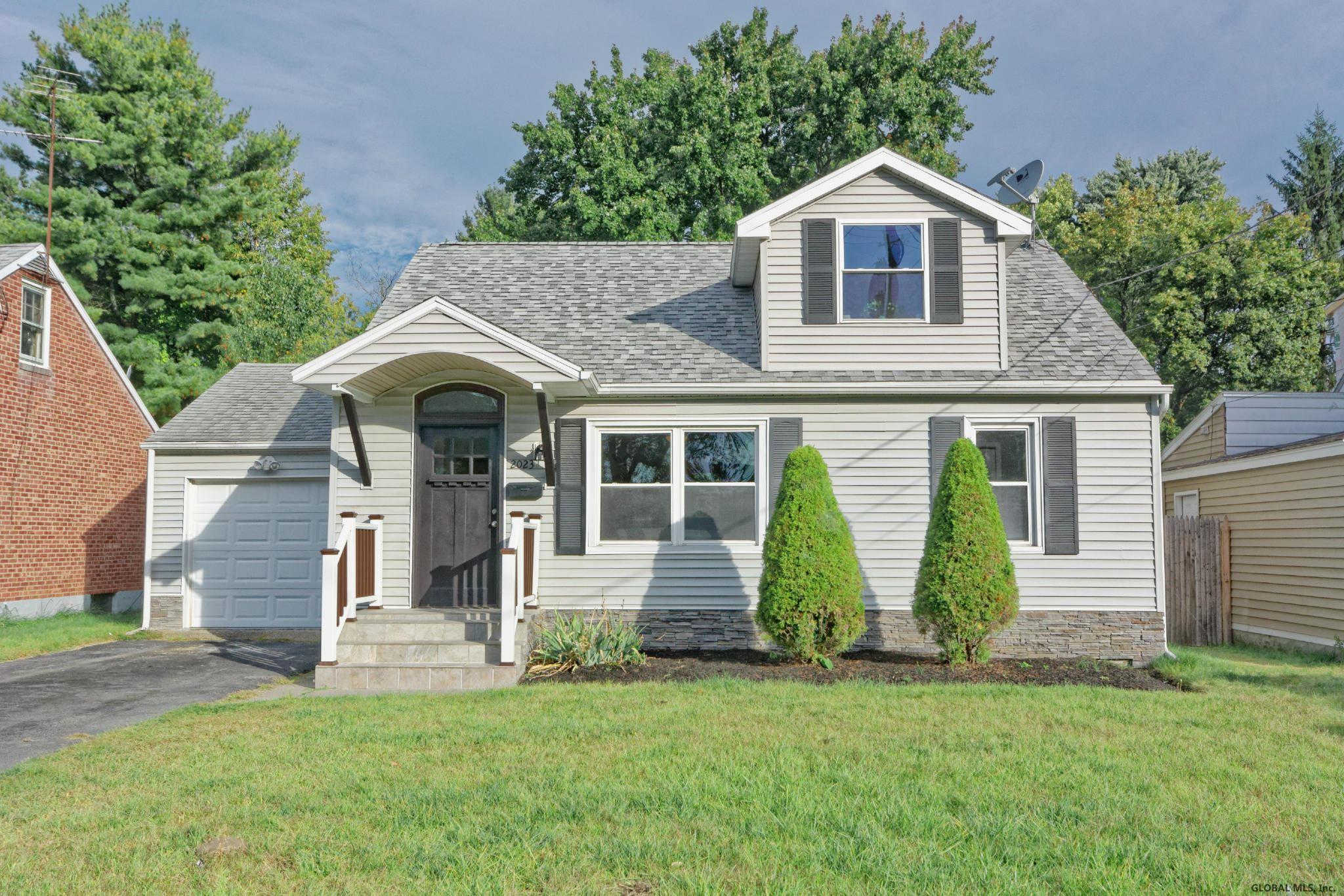 2023 Robinwood Av, Schenectady, NY 12306 is now new to the market!