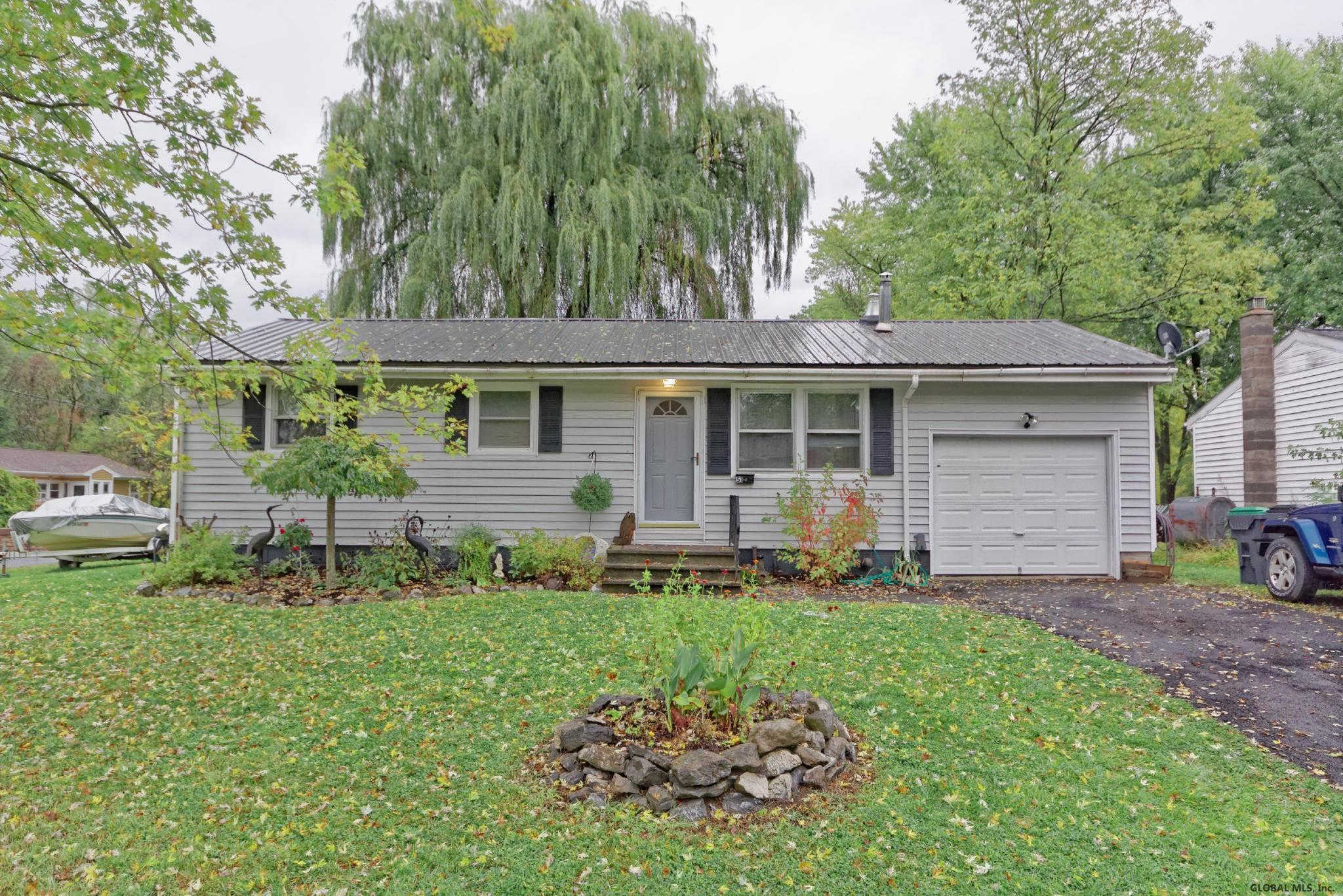 51 Terry LA, Coxsackie, NY 12051 now has a new price of $167,900!