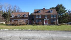 3 Liberty Dr, Saratoga Springs, NY 12866-9151