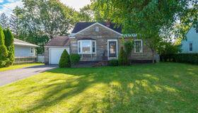 202 Sunnyside Rd, Glenville, NY 12302-3612