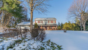 4 Bent Pine Hollow, Clifton Park, NY 12065