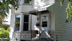 423 3rd St, Troy, NY 12180