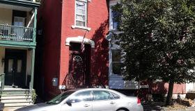 198 Hill St, Troy, NY 12180-4529