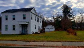 102 Main Av, Wynantskill, NY 12198-7512