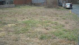 6 Green Av, Castleton, NY 12033-1523