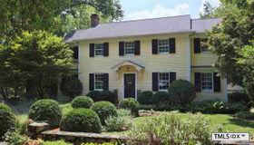 720 Gimghoul Road, Chapel Hill, NC 27514-3811