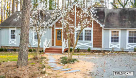 28 Red Pine Road, Chapel Hill, NC 27516