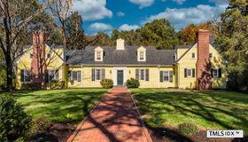 610 Greenwood Road, Chapel Hill, NC 27514
