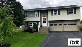 4130 Birchwood Drive S, Clay, NY 13090