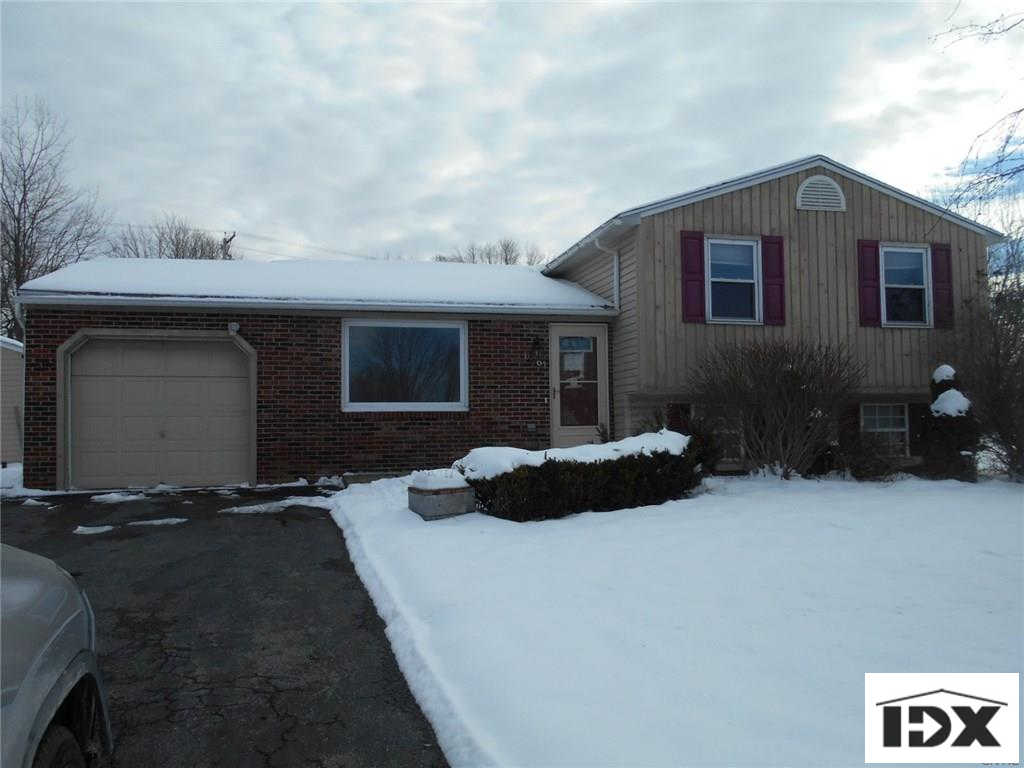 6061 Bannister Drive, Cicero, NY 13039 is now new to the market!