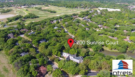 700 Sunrise Court, Arlington, TX 76006