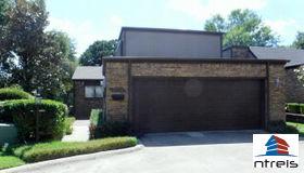 2725 Fairway Park Street, Grand Prairie, TX 75050