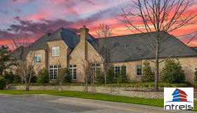 32 Fawn Wood Drive, Dallas, TX 75248