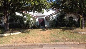 2314 Robinhood Drive, Grand Prairie, TX 75050