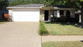 1136 Victoria Drive, Saginaw, TX 76131