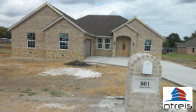 801 Shady Brook Lane, Ferris, TX 75125