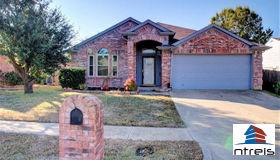 6706 Flamewood Drive, Arlington, TX 76001