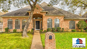 7107 Forestwind Court, Arlington, TX 76001