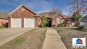 2009 Nugent Drive, Mansfield, TX 76063