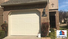 423 Maple Leaf Drive, Duncanville, TX 75137