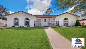 325 W Pleasantview Drive, Hurst, TX 76054