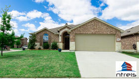 14401 Chino Drive, Fort Worth, TX 76052