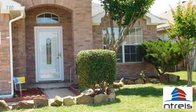 310 Dakota Drive, Arlington, TX 76002