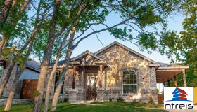 3010 Mckinley Avenue, Fort Worth, TX 76106