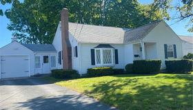 744 Benefit Street, Pawtucket, RI 02861