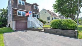 103 Canton Avenue, Portsmouth, RI 02871
