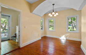 Real estate listing preview #7
