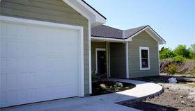 322 Pendleton Court, Wellsville, KS 66092