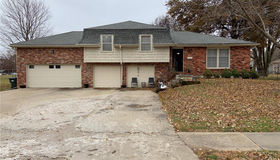 11701 W 49 Terrace W, Shawnee, KS 66203