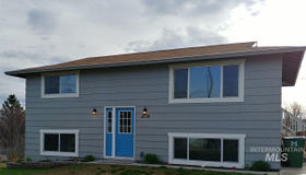5778 Hillview Dr, Nampa, ID 83686