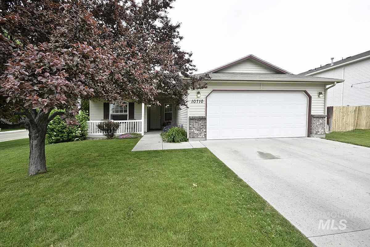 10710 Gossamer St, Nampa, ID 83687 is now new to the market!
