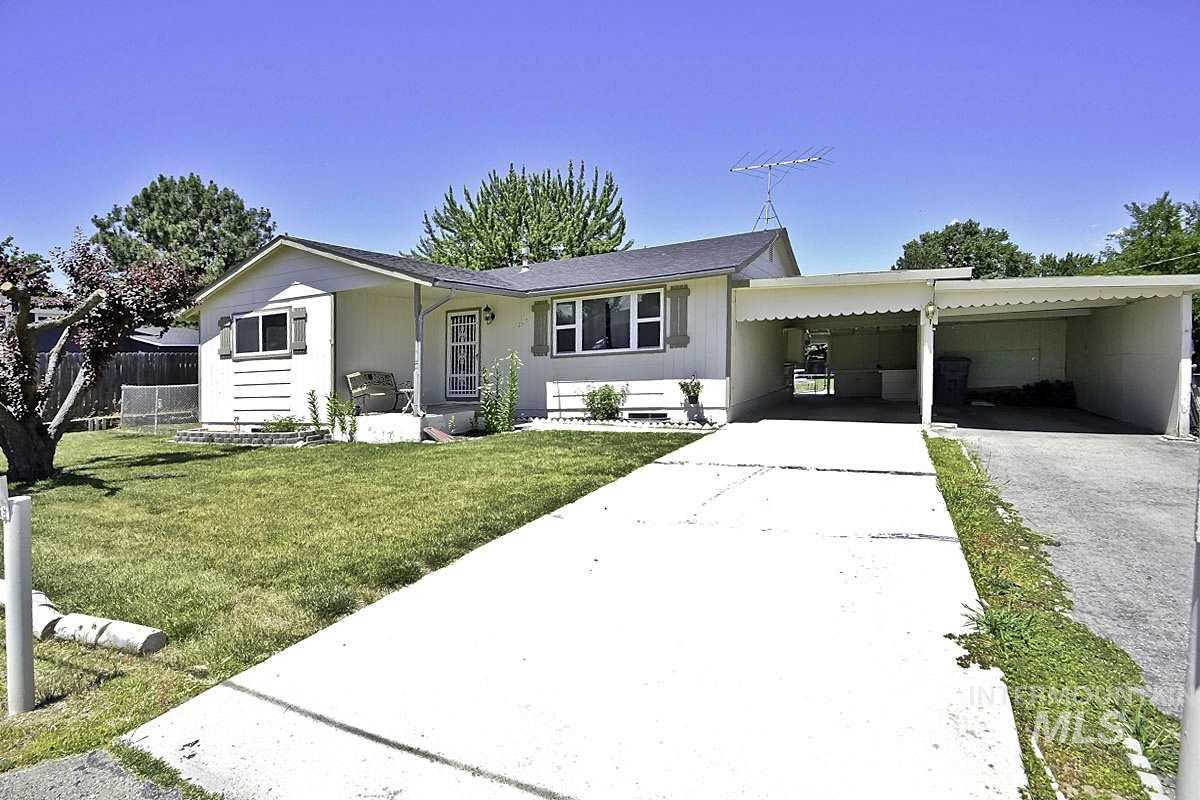 2317 Polk St., Caldwell, ID 83605 has an Open House on  Saturday, June 29, 2019 1:00 PM to 4:00 PM