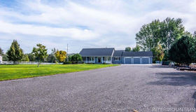 7620 River Front Dr, Marsing, ID 83639